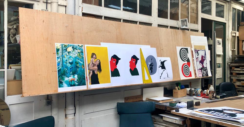 Les prints de la vente Urgent ! Art en cours d'impression à l'atelier Clot