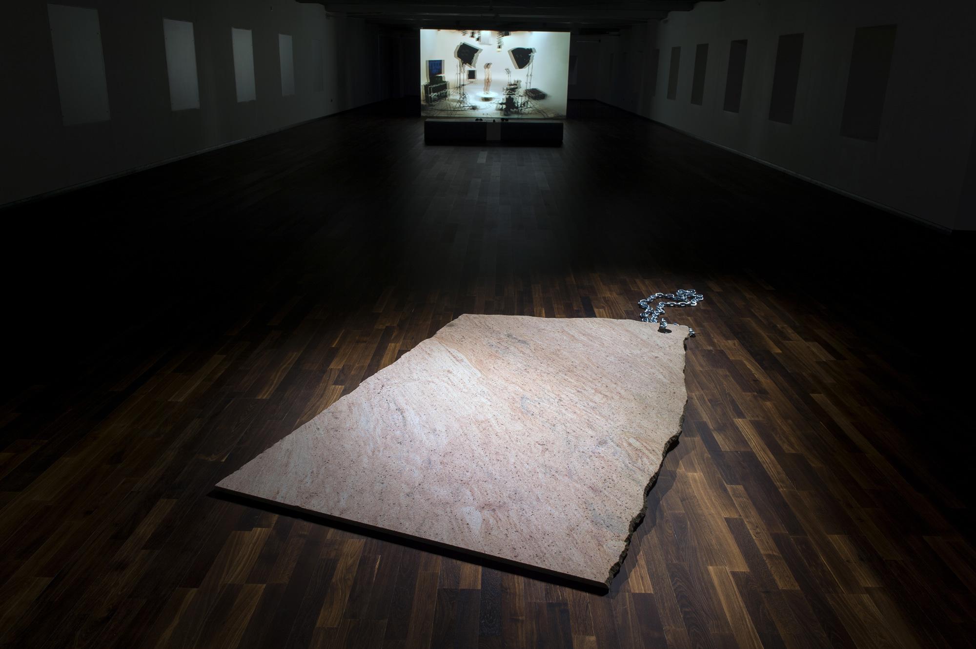 Mathieu Mercier au FRAC Normandie-Caen - Nu 3D