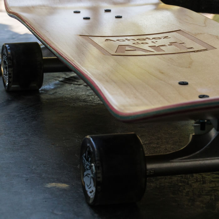 Le skate Achetez de l'Art + trucks)